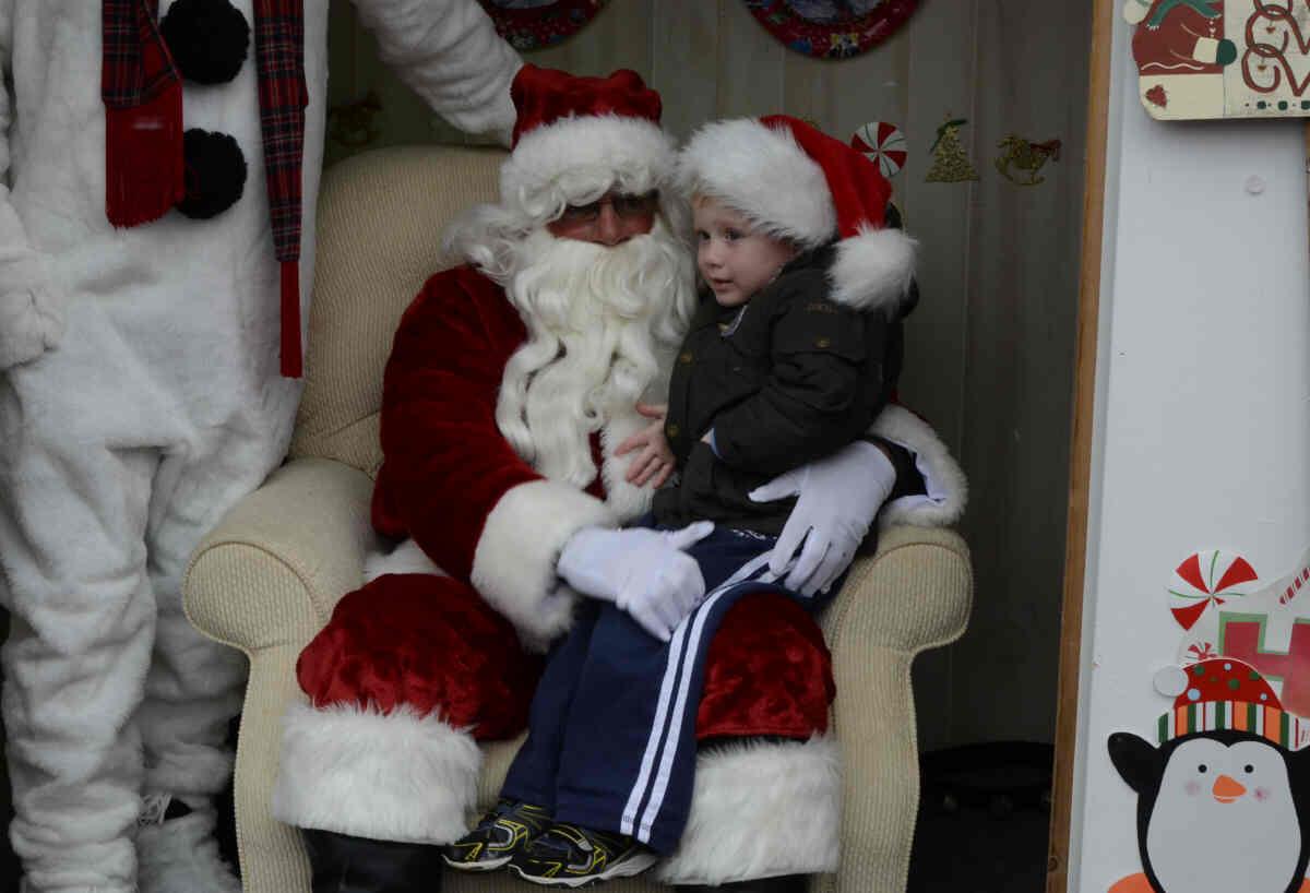 2013 santa claus comes to raritan ron rispoli photos